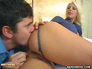 Blonde MILF Puma Swede Shows Off Her Fucking Skills
