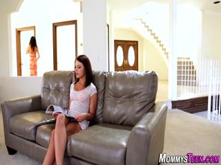 Lesbian teen squirting