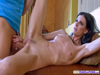 Lusty Cougar India Summer gives virgin guy the best sex ever