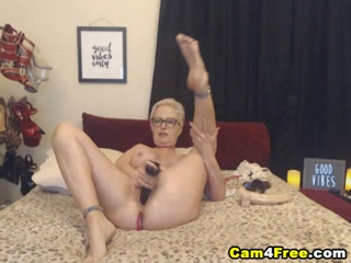 Blonde Slut Penetrated Both Holes At The Same Time 2