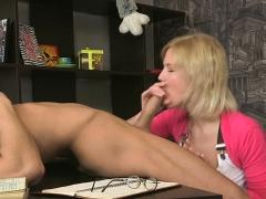 Girl Gets Astonished Of Astonishing Butt Fucking Session