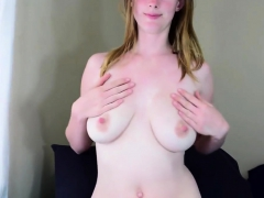 Amateur Mom Toys Her Hairy Cunt