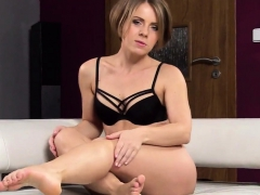 Nasty Czech Nympho Opens Up Her Slim Vagina To The Ex52xmy