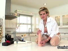 Cheating Uk Milf Lady Sonia Unveils Her Monster Knock93pqg