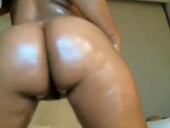 Oiled Big Butt Babe Toying - Negrofloripa
