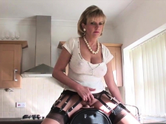 Cheating Uk Mature Lady Sonia Presents Her Big Puppie46pdb