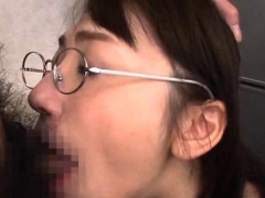 Hot Office Oriental Hottie Loves Playing Perverted At Work