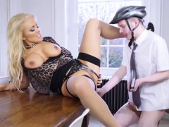 Amateur Milf Big Dicked Teen Xxx Having Her Way With A