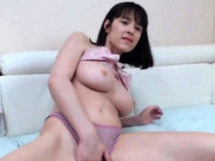 Horny Teen Loves To Vibrate Her Pussy On Webcam