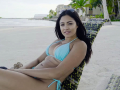 Latina Beauty Serena Spreading Her Thick Legs Wide Open