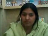 Indian Horny doctor Pratibha from Jamshedpur undress and finger in clinic om cam
