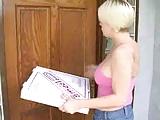 CUTE TEEN MISSY - PIZZA GIRL